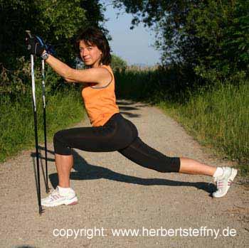 Nordic Walking Gymnastik Dehnen Stretching Kräftigen Lockern